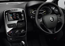 Renault Clio 1.2 EDC (2015) Review - Cars.co.za