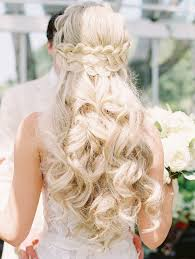This hairstyle can be ideal for women with oval, oblong, and diamond face shapes. Pretty Wedding Hairstyles For Brides With Long Hair Martha Stewart