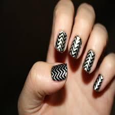 Fresh Nail Art Designs Black and Silver