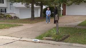 common as this may be police are now warning homeowners about a very real danger if you return home and you suddenly see your address painted on your curb