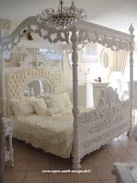 Himmelbett Barock Bett Weiß Engel Prunkbett Mahagoni Massivholz