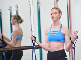 Karlie Kloss and Martha Hunt Workout ...