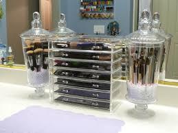 dust free brushes makeup brush holder ideas