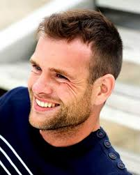 ideal hairstyles for men with thin hair