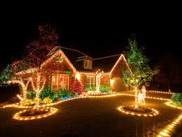 26 Breathtaking Yard And Patio String Lighting Ideas Will Christmas Lights In Backyard
