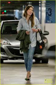 Jessica Biel in PAIGE Denim Verdugo Ankle in Addison.