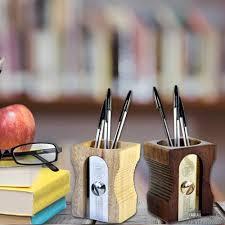 pot crayons taille crayons.jpg