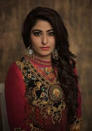 sakshi sagar best bridal makeup artist in delhi pinit
