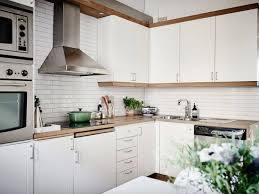 white subway tiles for the kitchen 15 backsplash ideas