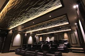 Textured and uplit ceiling for home theater (soelbergi).