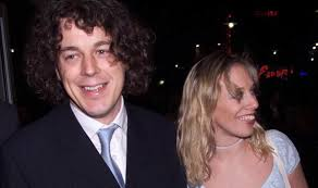 Alan Davies net worth: QI and The Dog Rescuers star has THIS much    Express.co.uk