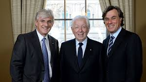 Frank Lowy, co-founder and chairman of Westfield Group, center, Steven  Lowy, co-chief executive officer, left, and Peter Lowy, co-chief executive  officer / Getty – Jewish Business News