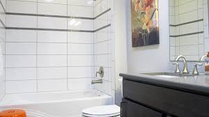 white tile gray grout bath