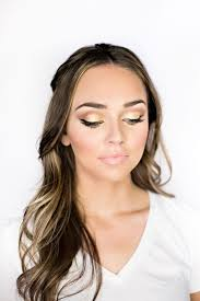 makeup look with just a bit of glam for anyone who feels unfortable going over the top for the holidays makeup by vivian makeup artist