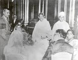 malaviyaji gandhiji and sarojini naidu attending round table conference in london 1931