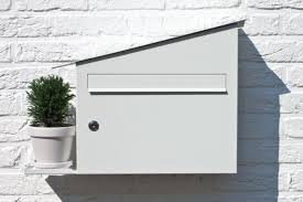 curb appeal a white mailbox that s