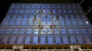 Saks Fifth Avenue Light Show 2016 Schedule 2013 Saks Fifth Avenue Holiday 3d Light Show