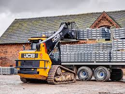 tracked skid steer track loaders jcb 225t track retention is excellent on our compact track loaders courtesy of a solid undercarriage cast steel triple flanged rollers