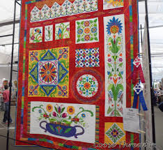 Loose Threads: Indiana Heritage Quilt Show Quilts & This one is called Eureka and won 1st place in Pieced Bed Quilts Adamdwight.com