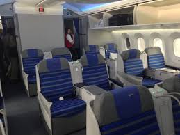 lot polish 787 business cl review 35