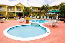 about bay gardens hotel