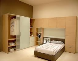 China 2014 Fashion Bedroom Furniture Wardrobe Cabinet And Bed Set