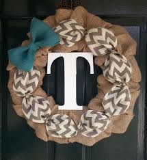 initial wreaths for front doorAwesome Burlap Wreaths Ideas 65 Burlap Wreath Ideas For Front Door