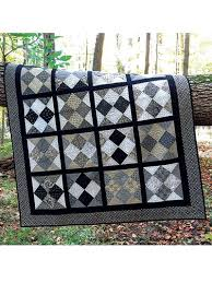 Best 25+ Layer cake quilts ideas on Pinterest | Layer cake quilt ... & Shuffle and stack the deck with this lovely quilt pattern! Made in a  checker- Adamdwight.com