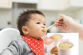 Trẻ 9 tháng ăn váng sữa như thế nào mới đúng để con hấp thu tốt