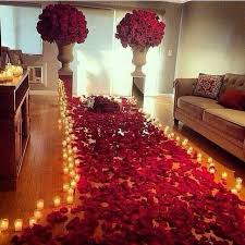 Romantic Candles Rose Petal walkway | Inspiring Ideas rose petals available  in over 100 colors at