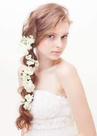 画像 ラプンツェル風も花をまとうお花を使った花嫁のヘア