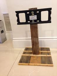 recycled pallet tv stand