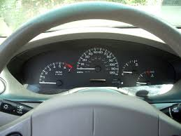 All Chevy chevy classic 2005 : File:Chevrolet classic gauges.jpg - Wikimedia Commons