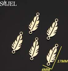 smjel trendy gold leaf charm round