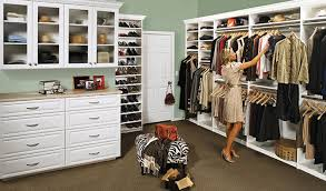 walk in closet white
