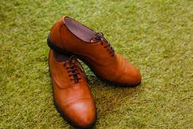 remove sweat stains from leather shoes