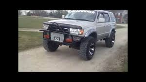 1998 Toyota 4Runner lifted 3 inches on 33s - YouTube