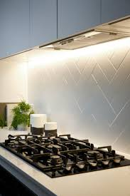Kitchen Tiled Walls 17 Best Ideas About Kitchen Tiles On Pinterest Subway Tiles