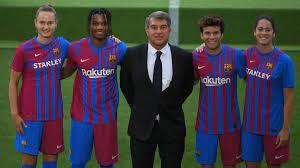 صفقات نادي برشلونة في سوق الإنتقالات الصيفية 2021/2022