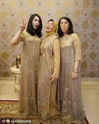 Sudah 1 stel dengan kerudung 2. Seragam Ibu Pakaian Pesta Model Baju Wanita Pakaian Wanita