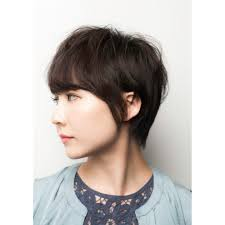 女性らしいベリーショート Ameriaアメリアのヘアスタイル 美容