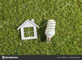 Bovenaanzicht Van Fluorescentielamp Buurt Van Papier Huis Groene