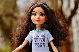 anak patung barbie