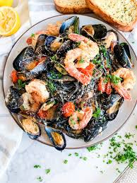 SQUID INK PASTA WITH LOBSTER & MUSSELS ...