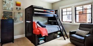 Wenn sie ihr schlafzimmer gestalten, sollten sie mit der deko nicht übertreiben, denn zu viel davon lässt den raum unaufgeräumt wirken, was uns wiederum unruhig macht. 30 Besten Schlafzimmer Ideen Fur Manner Dekoration Blog
