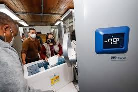 Com 69 mil doses em estoque, governo do RS ainda não definiu público-alvo e  destinos de vacinas da Pfizer   GZH