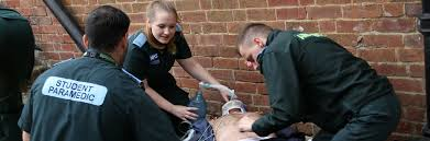 paramedic science foundation degree paramedic science oxford brookes university