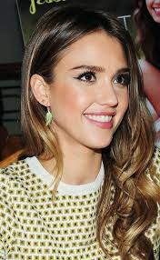 gorgeous cat eye on the gorgeous jessica alba get all of your make up