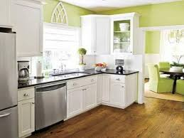 Kitchen: Green Walls And White Kitchen Cabinet Paint Colors. Green Walls  Living Room, Green Interior Walls And Indoor Green Walls. Along Wit.