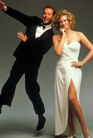 best images about moonlighting cover art comedy moonlighting bruce willis and cybil shepard